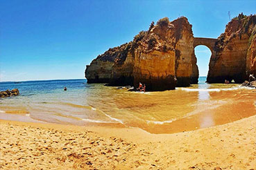 Albufeira Pinhao Beach - perfectalgarvetransfers.com - Perfect Algarve Transfers