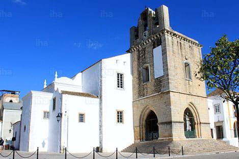 Quarteira Church- perfectalgarvetransfers.com - Perfect Algarve Transfers